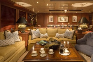 Yacht ATLANTICA -  Salon Forward